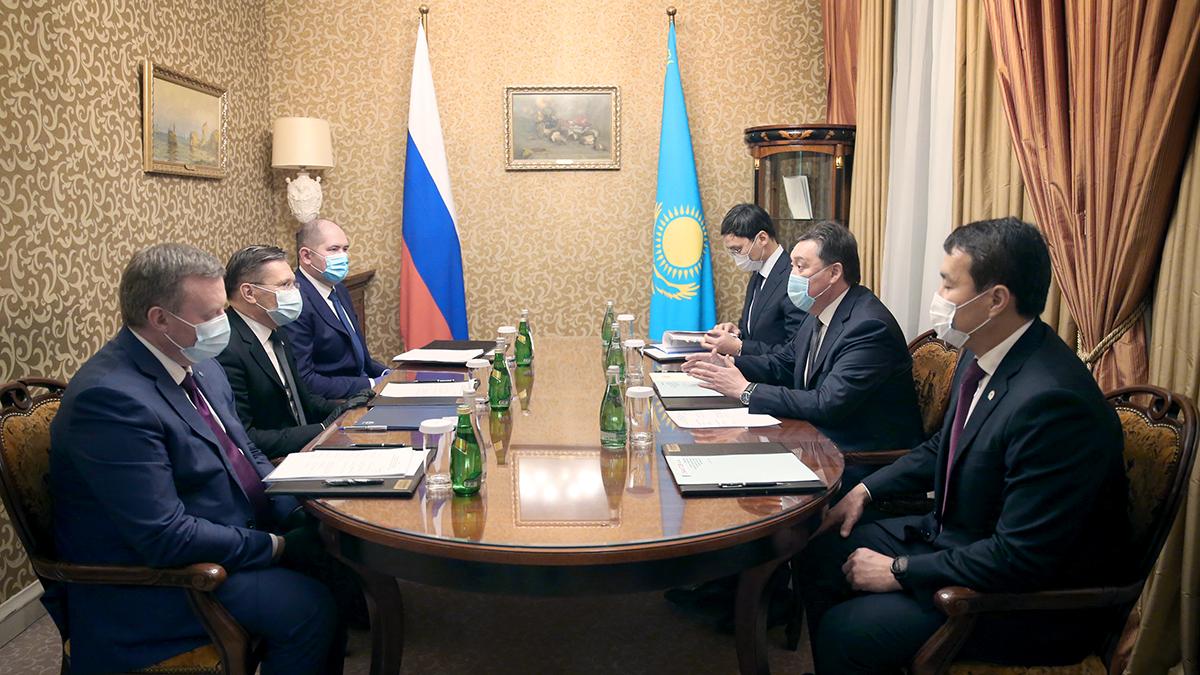 Аскар Мамин обсудил с руководством крупных российских компаний реализацию совместных проектов
