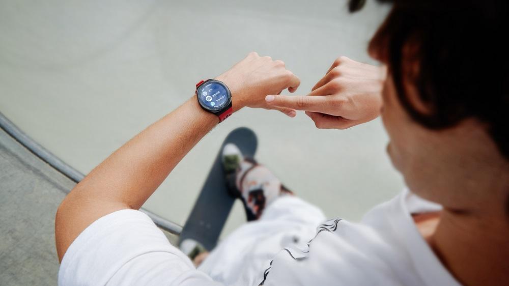 Компания HUAWEI представляет новые наушники HUAWEI FreeBuds 3i и смарт-часы HUAWEI WATCH GT 2e
