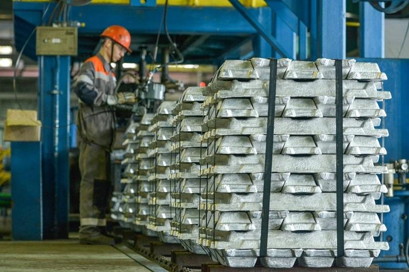 Электролизный завод в первом полугодии увеличил производство алюминия
