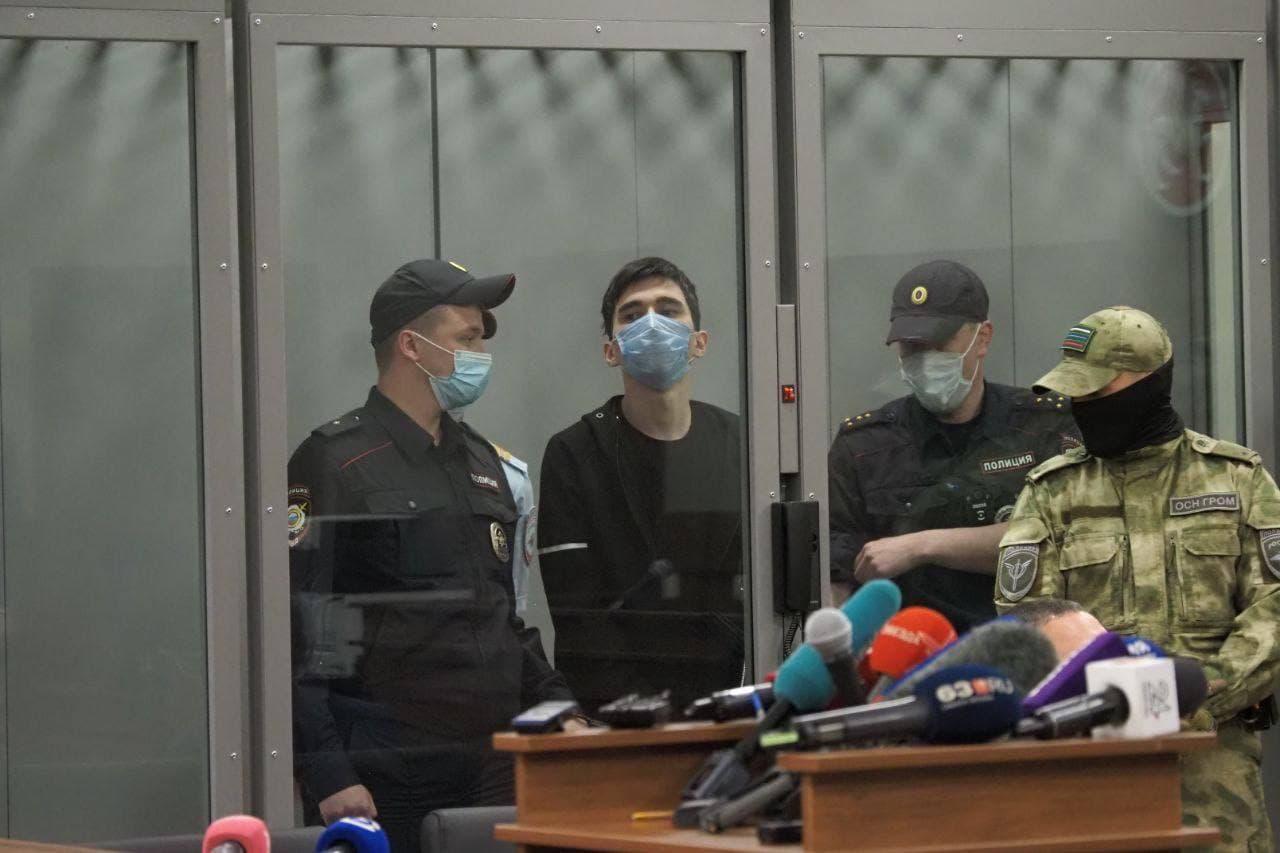Казанского стрелка поставили на учет как склонного к суициду