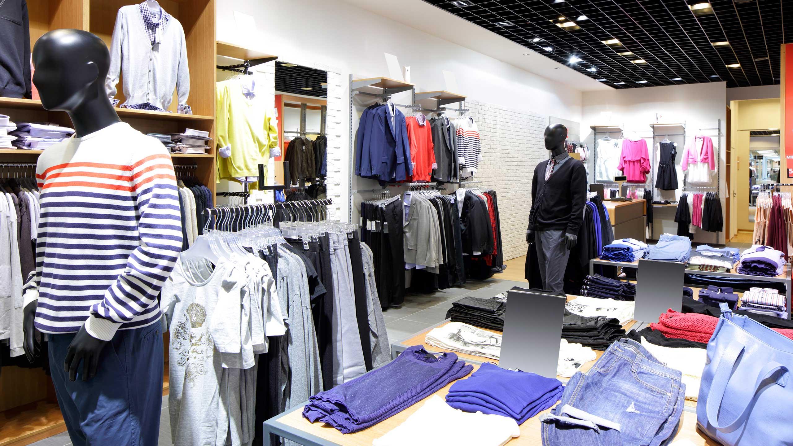 Почему в Казахстане растет импорт одежды