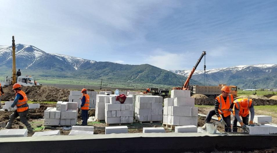 В Риддере ведется строительство нового жилья для погорельцев