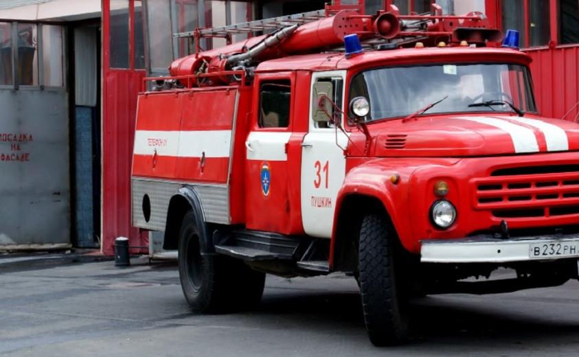 В Мангистау спецтранспорт врезался в газопровод