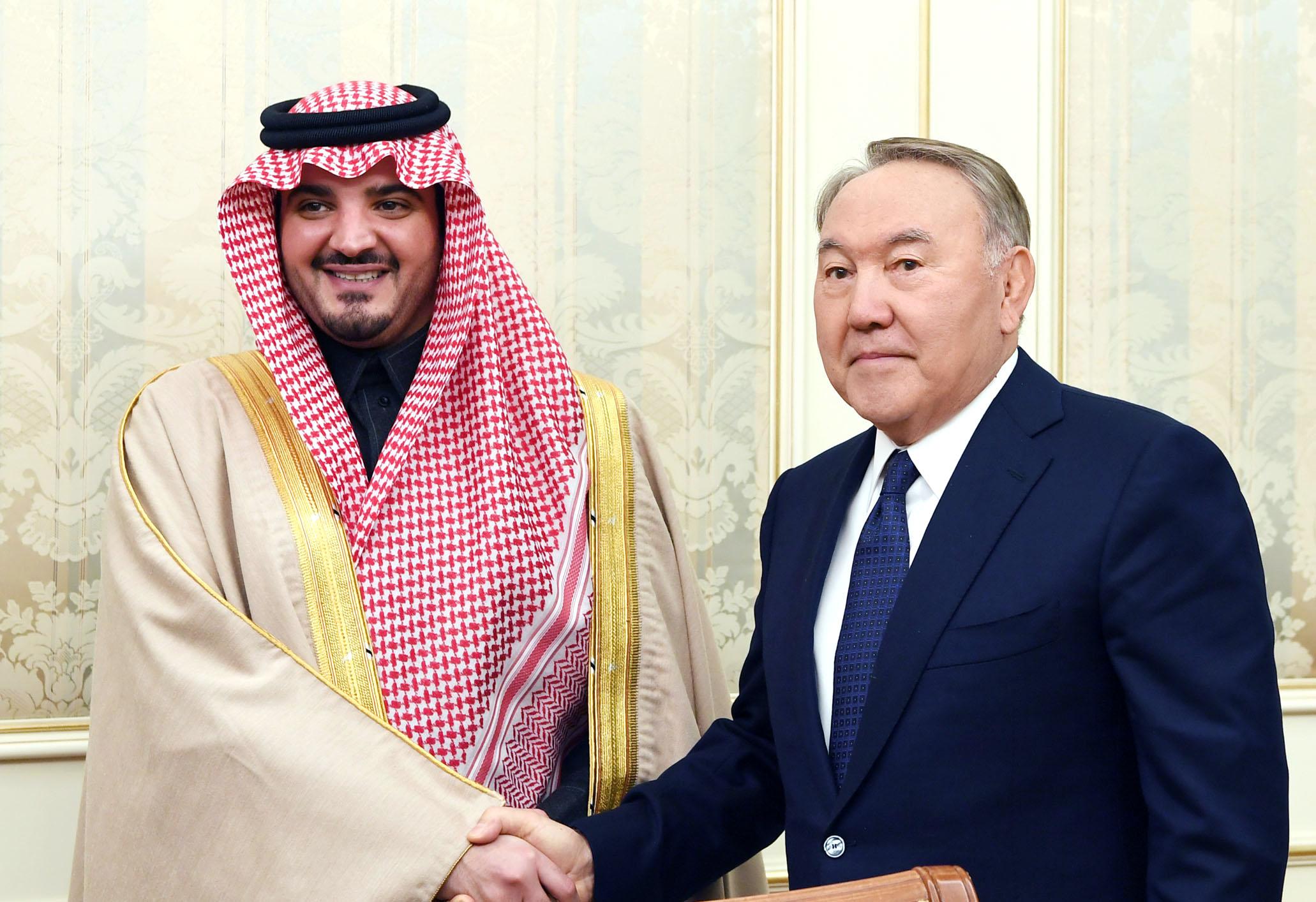 Президент Казахстана встретился c министром внутренних дел Саудовской Аравии