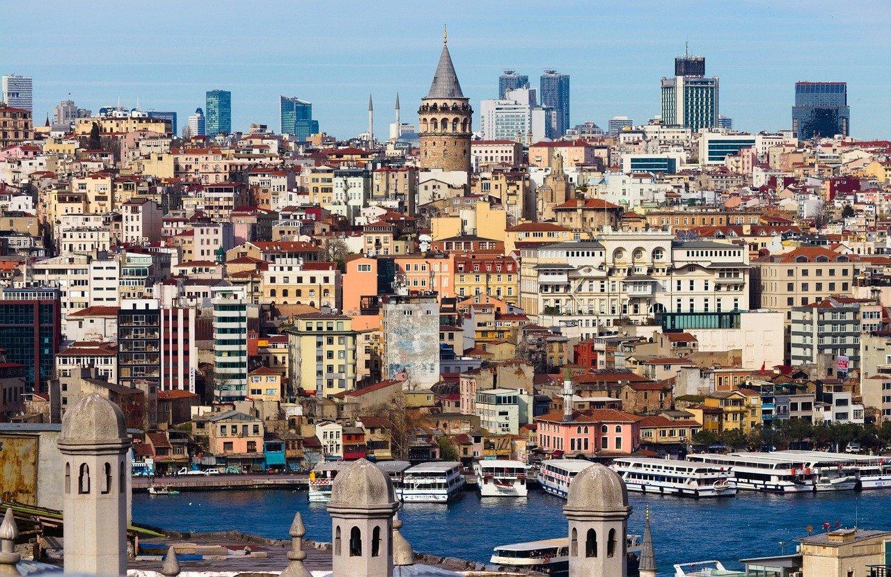 Турция рассчитывает принять в 2021 году 25 млн иностранных туристов