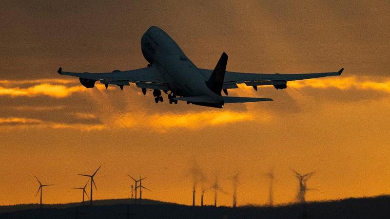 Boeing может снизить дивиденды и начать увольнения