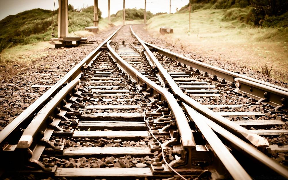 В Шымкенте под колесами поезда погиб ребенок