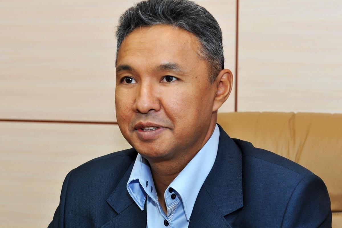Перуашев потребовал обсудить с Россией меры поддержки казахстанских металлопрокатчиков
