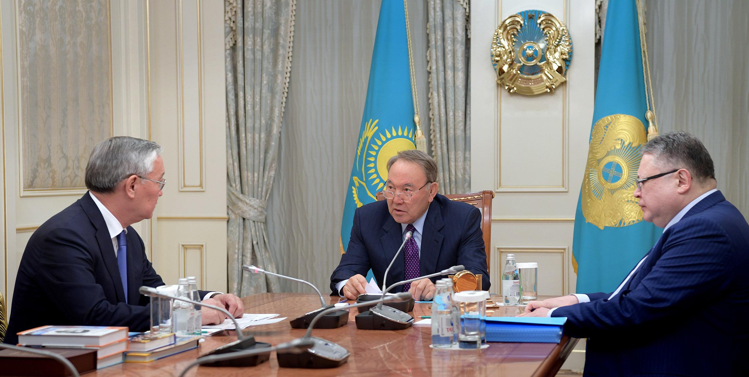 Президент РК встретился с ректором Казахского национального педагогического университета имени Абая – Такиром Балыкбаевым