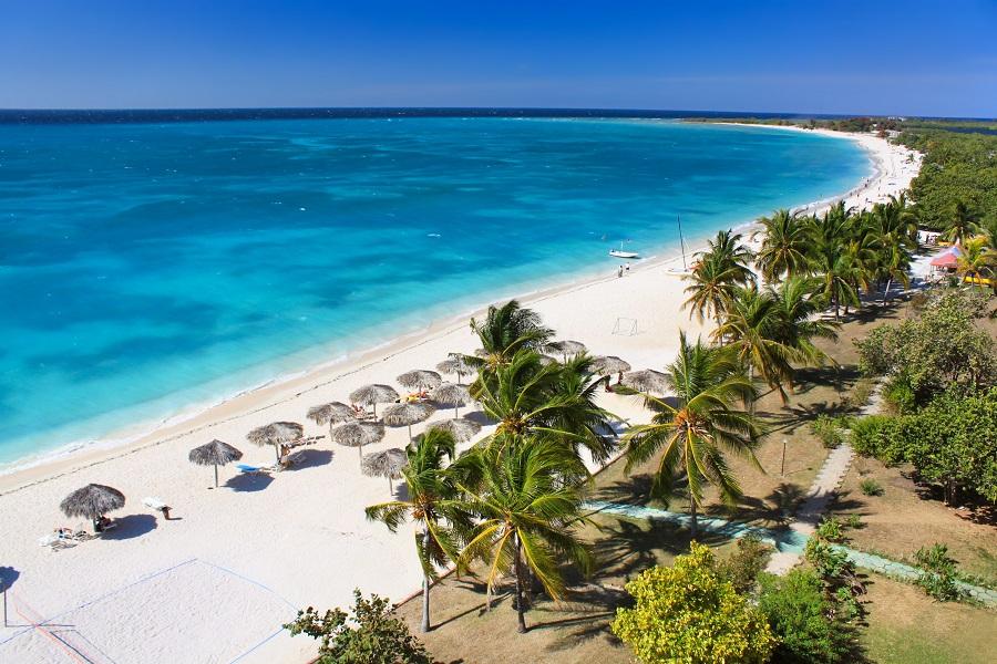 Куба частично открывается для иностранных туристов