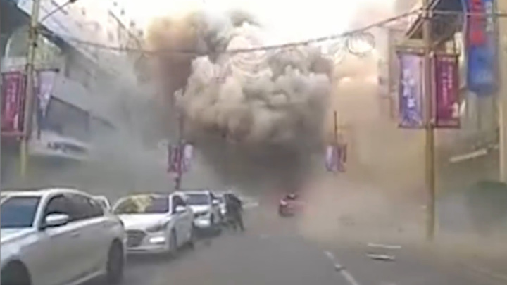 Мощный взрыв прогремел в китайском ресторане