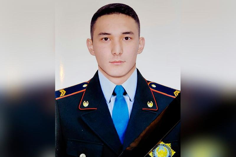 Полицейский погиб на трассе в Алматинской области