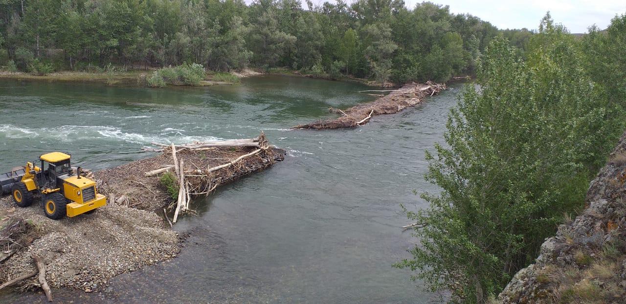 ШҚО-ның Күршім ауданында плотина жарылып, бірнеше ауыл сусыз қалды (Видео)