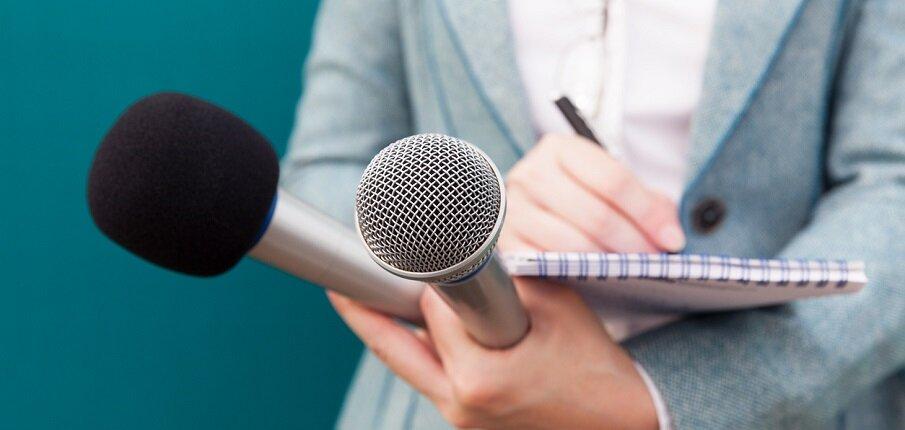 Сенаторы попросили повысить статус журналистов