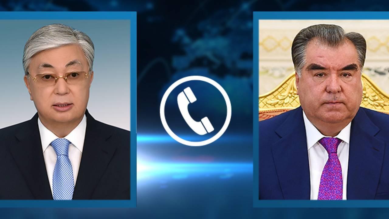 Президенты Таджикистана и Казахстана поздравили друг друга с праздником Ораза айт