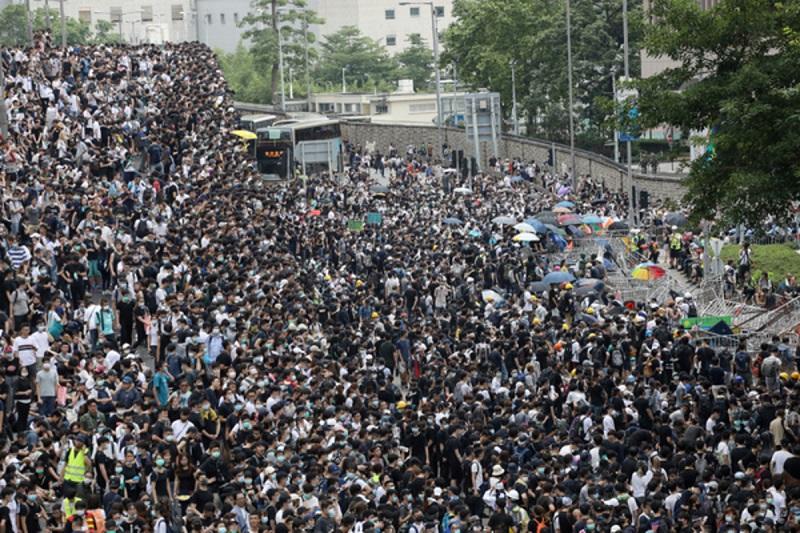 От протестов в Гонконге пострадали мировые компании