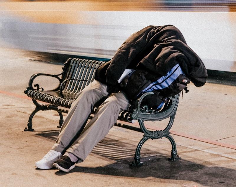 Страховая компания в США выдает жилье бездомным