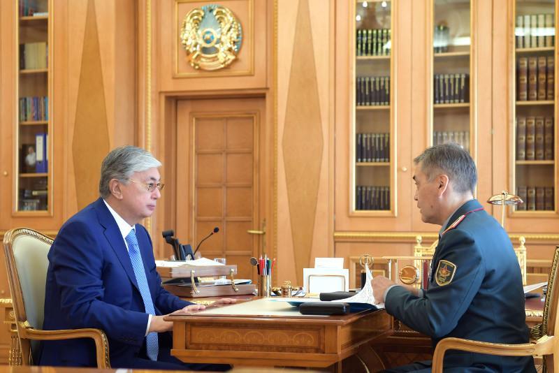 Президент РК поручил наградить погибших военнослужащих в Арыси