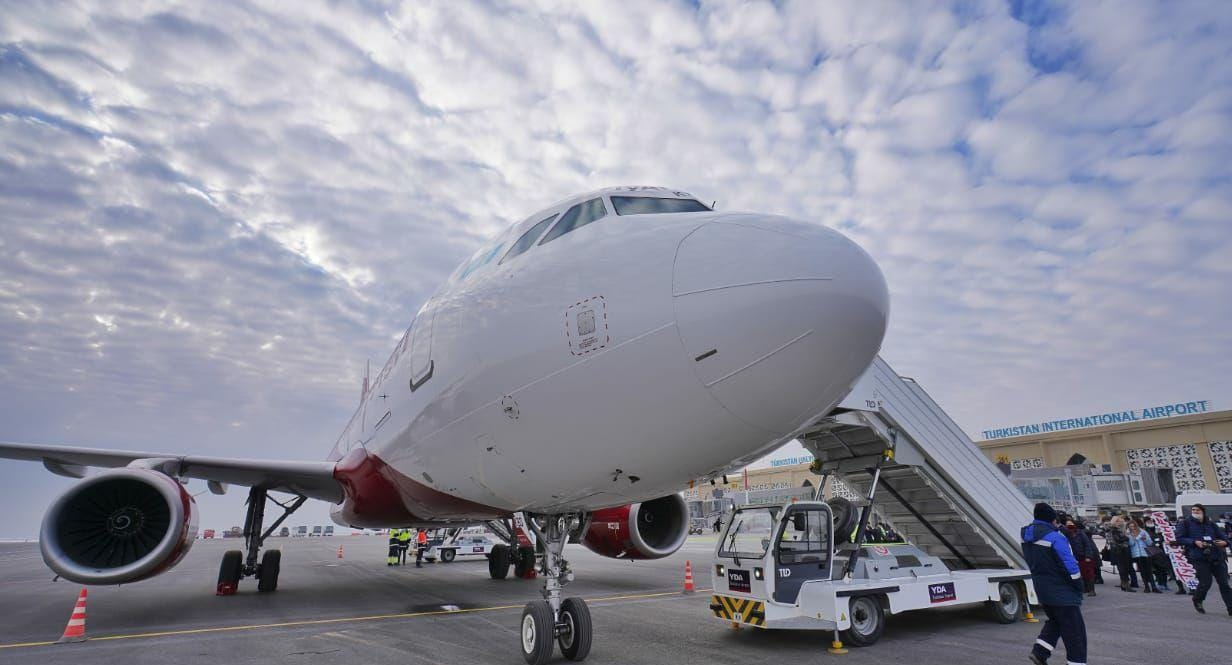 Из аэропорта Туркестан начали курсировать рейсы в 15 направлениях