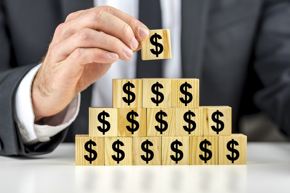 Жителя Актобе обвиняют в создании финансовой пирамиды