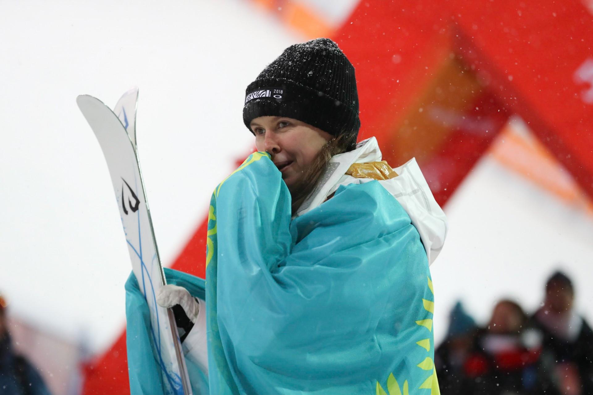 Казахстанка стала первой на этапе Кубка мира по фристайлу  , Спорт, Фристайл