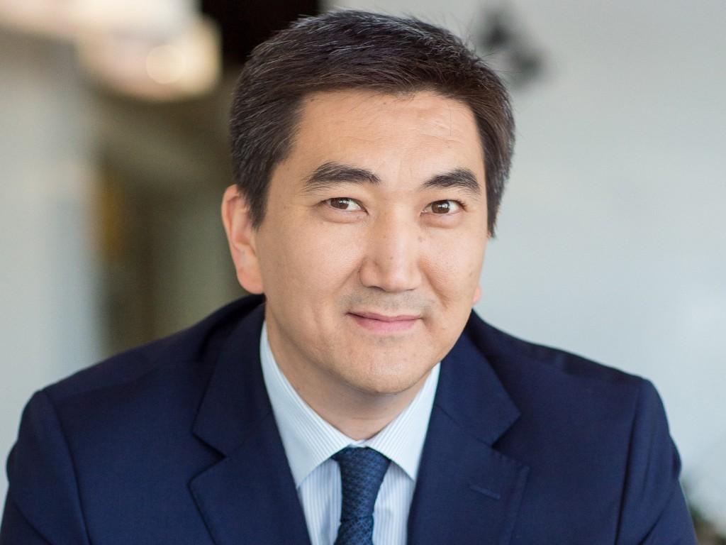 Досье: Азирбаев Мухит Бакытович, Мухит Азирбаев,акимат города Алматы
