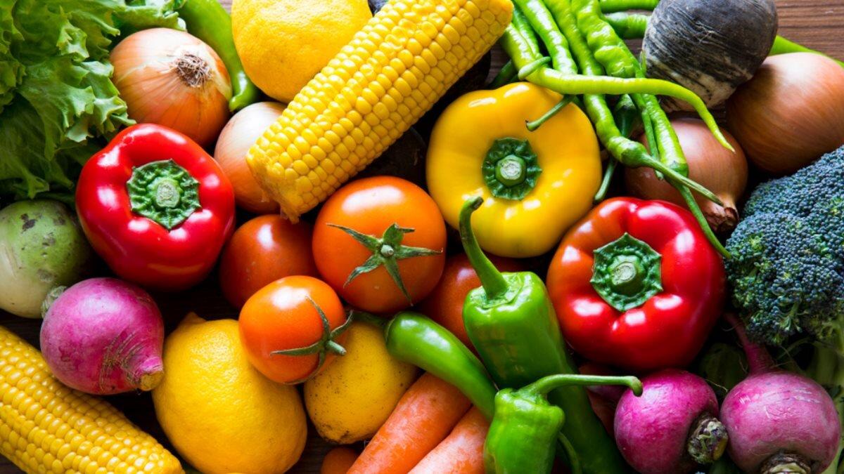 Мажилисмены потребовали разобраться с ценами на овощи