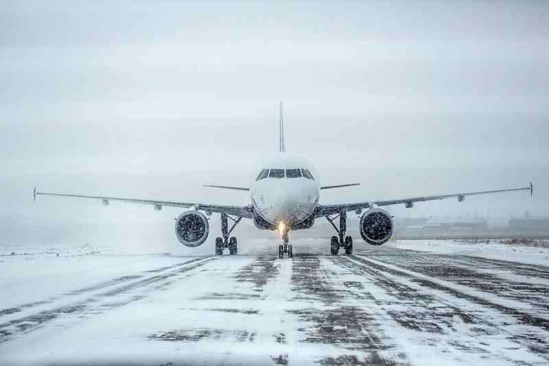 В столичном аэропорту задерживают 32 рейса из-за непогоды