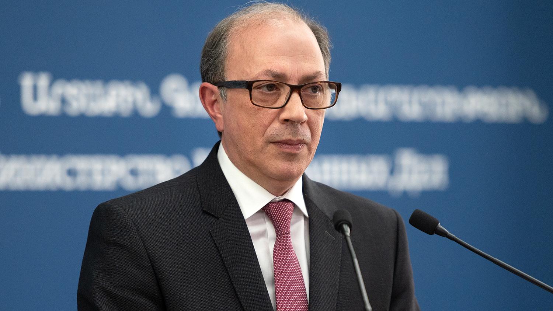 Глава МИД Армении подал в отставку