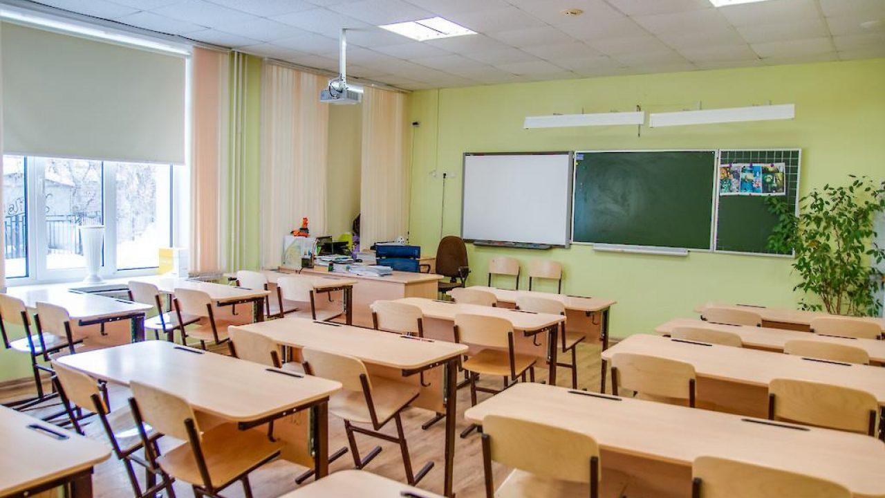 Школьники продолжат носить маски – МОН