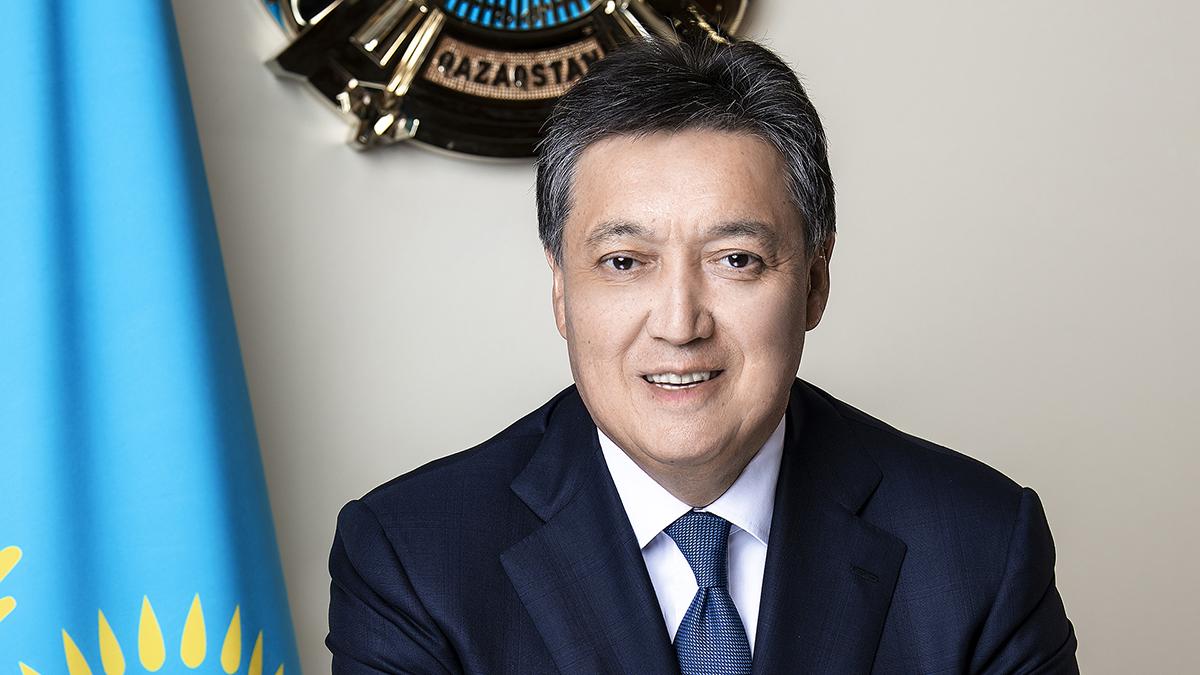 Аскар Мамин поздравил казахстанцев с началом священного месяца Рамазан