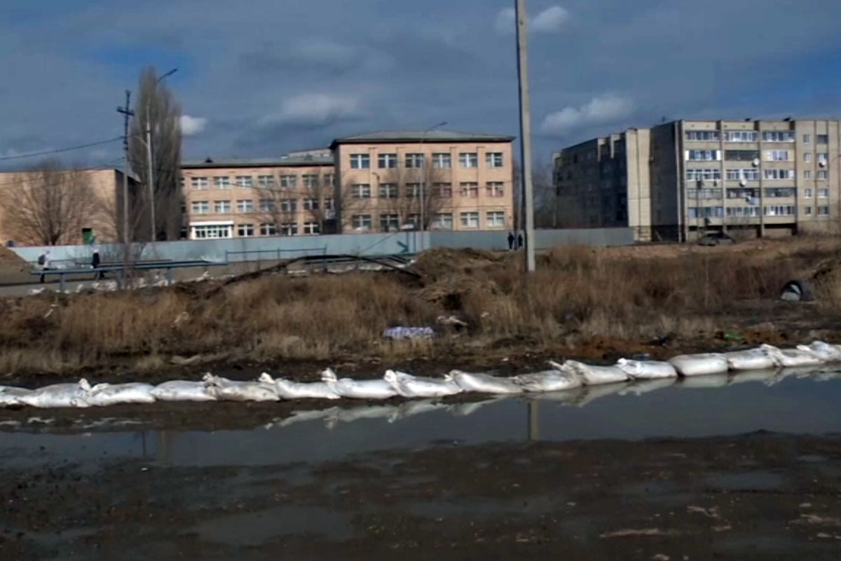 Шесть многоэтажек и 12 частных домов оказались подтоплены талыми водами в Кокшетау