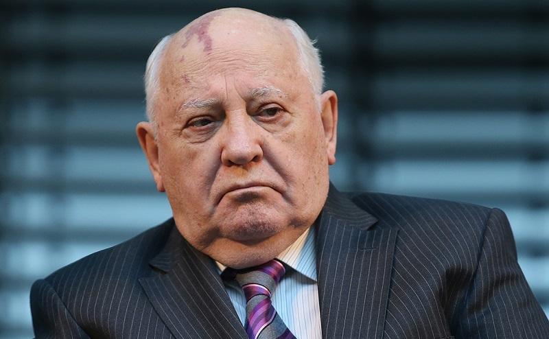 Горбачёв: вмешательство извне в армяно-азербайджанский конфликт чрезвычайно опасно