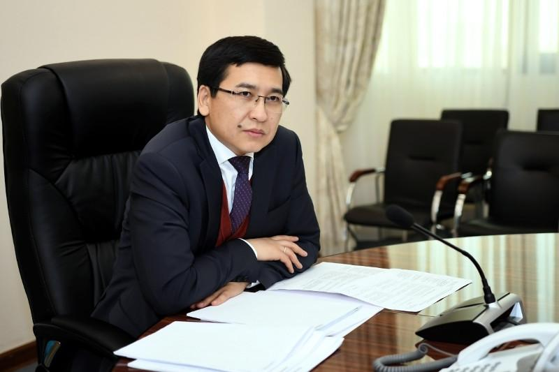 Глава минобразования РК и аким Жамбылской области отправились на самоизоляцию