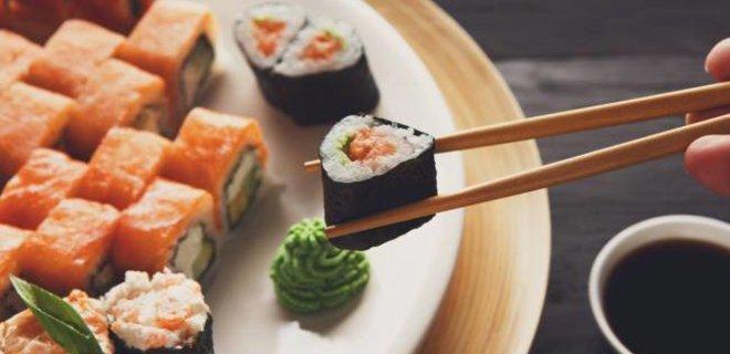 Массовое отравление в Атырауской области: заказывали суши в кафе