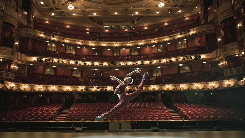 За год казахстанские театры посетили почти 3 млн зрителей