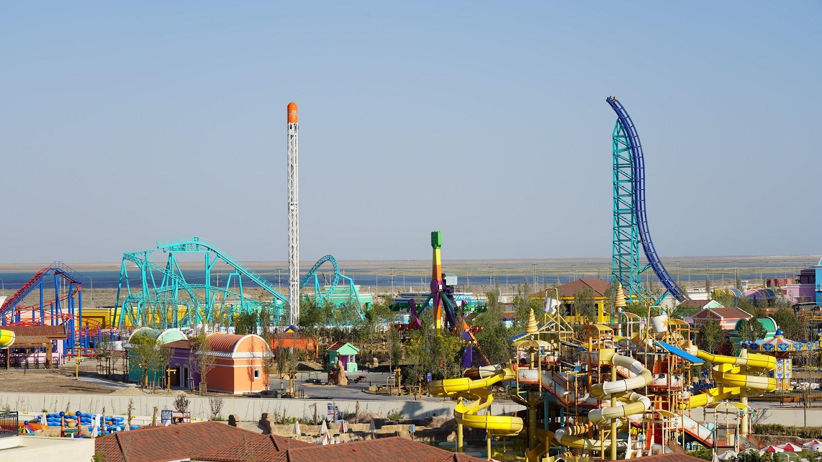 Аскар Мамин принял участие в церемонии открытия первого в Казахстане тематического парка TETYSBLU