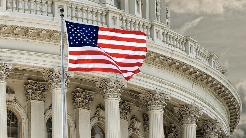 Профессор политологии Университета Бойзи допустил возможность отмены президентских выборов в США