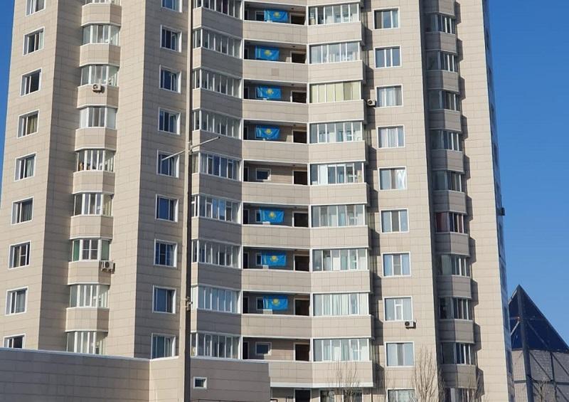 Макрон, Лукашенко, Алиев поздравили казахстанцев с Днем Независимости