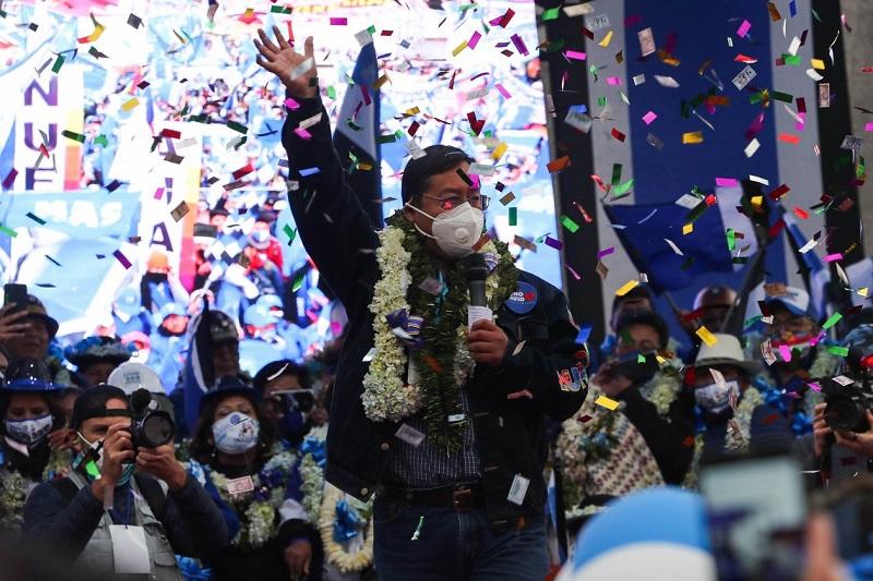 На выборах президента Боливии победу одерживает выдвиженец партии Эво Моралеса
