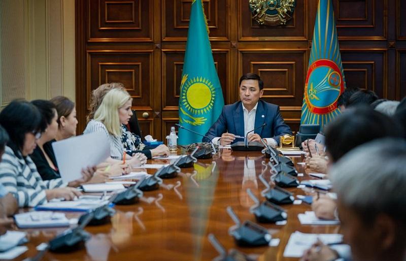 Алтай Кульгинов – председателям ЖСК: «Проблемы не решить за месяц»