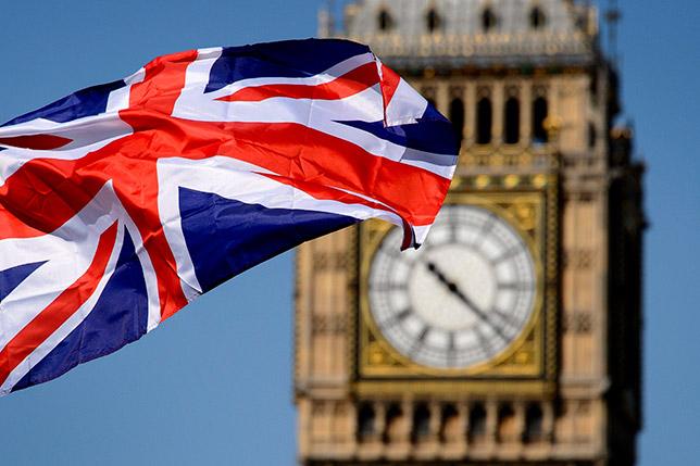 В Великобританию за сутки перебралось рекордное число мигрантов-нелегалов