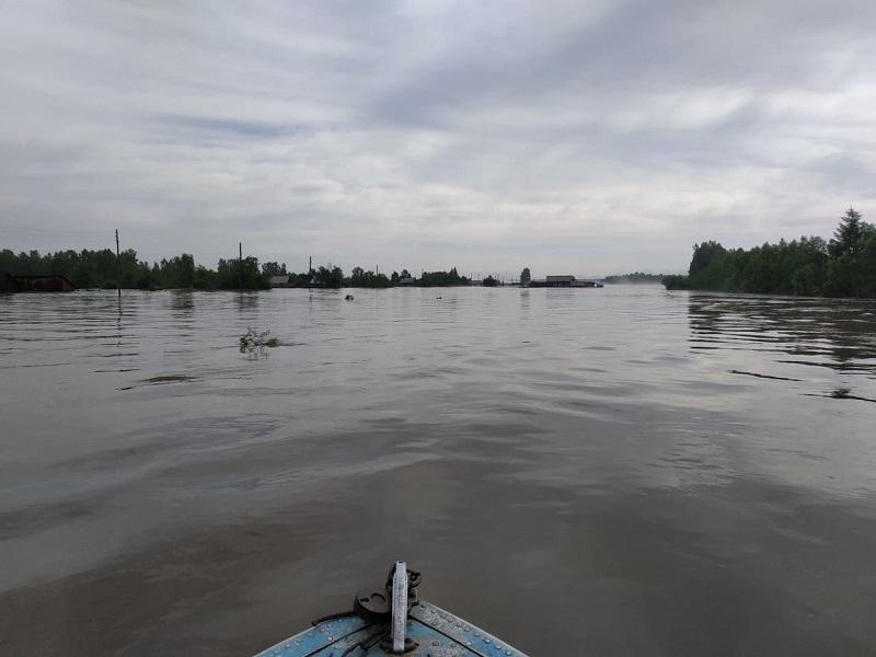 Из-за паводка госпитализировали более 450 человек в Иркутской области