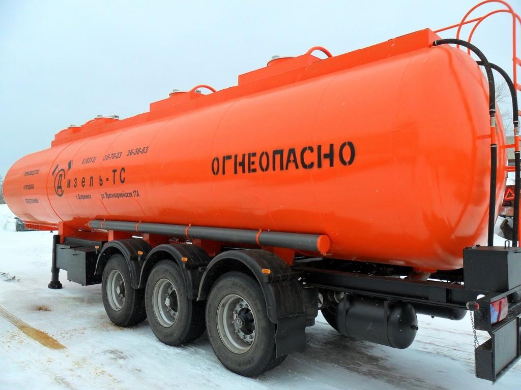 Казахстан намерен запретить экспорт нефтепродуктов автомобильным транспортом