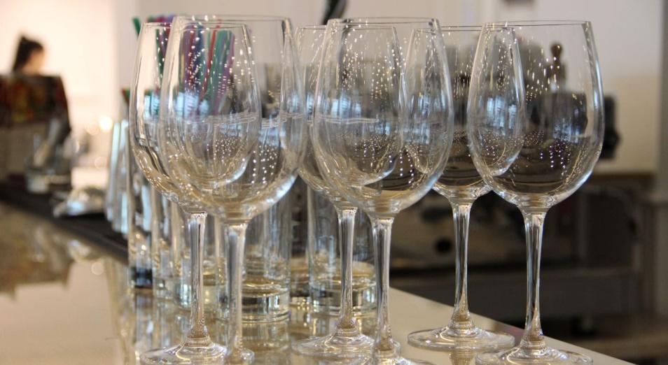 «КазАлкоТабак»: 40% алкоголя в Казахстане – контрафакт