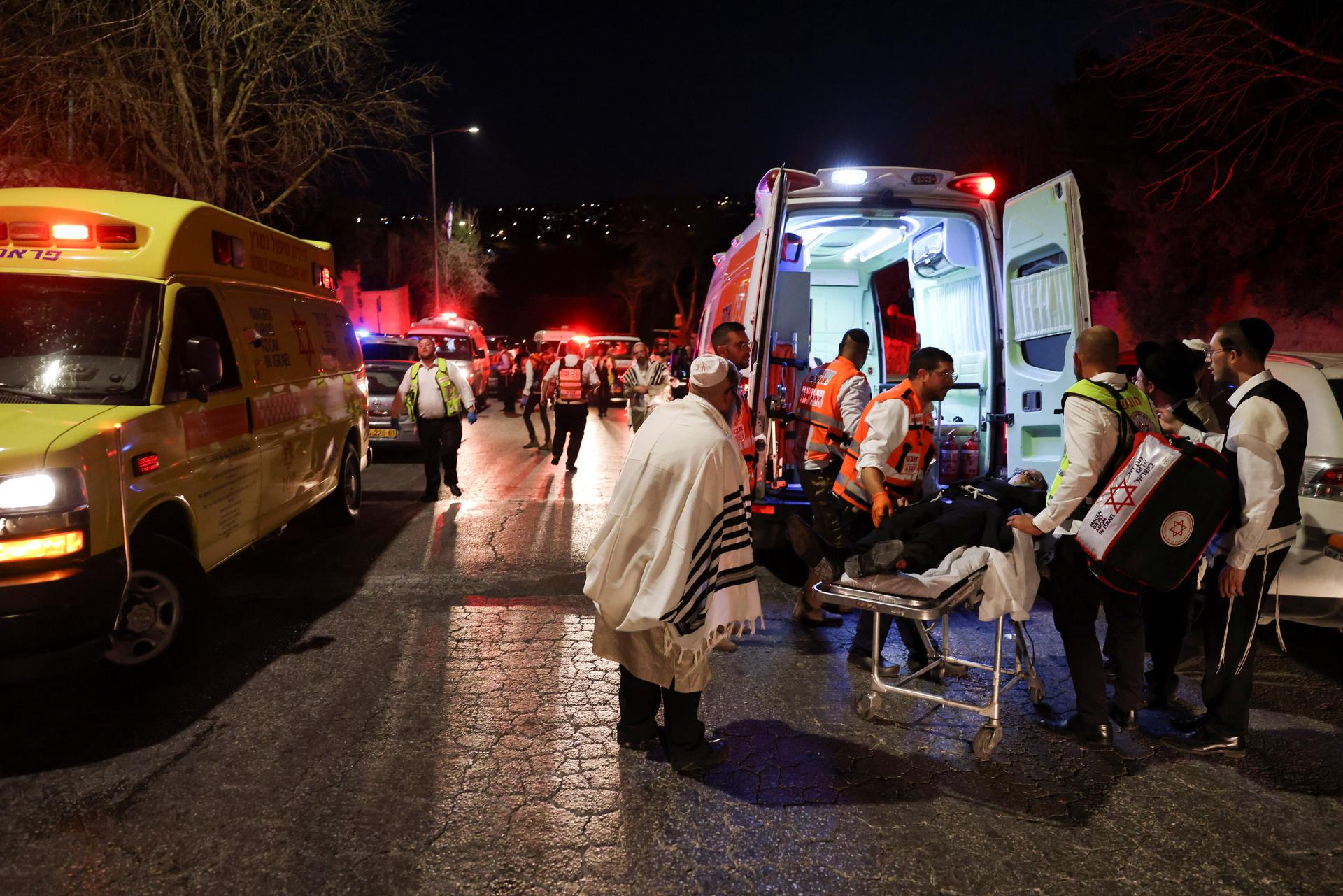 Названо число пострадавших в Израиле при обрушении трибуны в синагоге