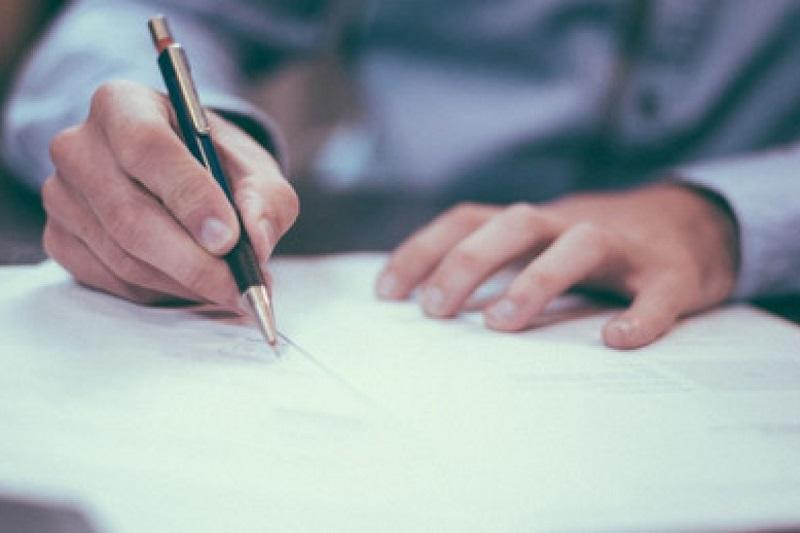 Научно-правовую экспертизу по законопроектам будут проводить эксперты из реестра, а не научные организации