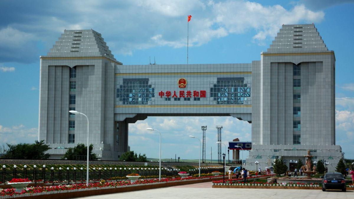 КТЖ: КНР не успевает принимать казахстанский груз на границе
