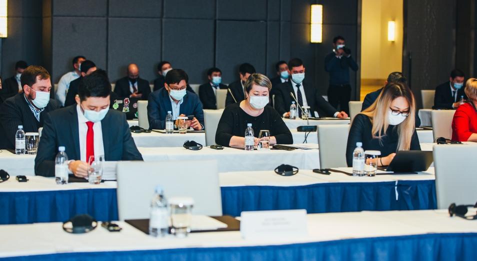 Эксперты ИКТ-индустрии провели семинар по использованию цифровых технологий в трансформации государственного управления