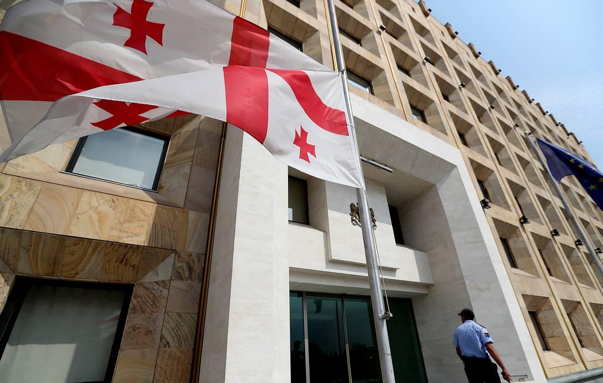 Обновленный кабмин Грузии намерен создать условия для быстрого выхода из кризиса